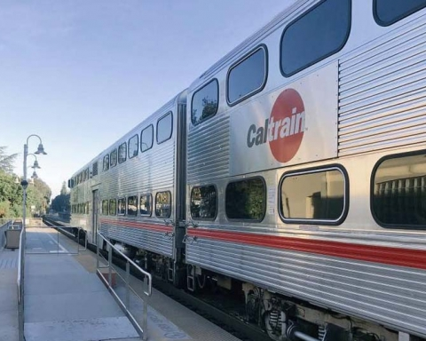 Caltrain advises community about electrification work in Redwood City