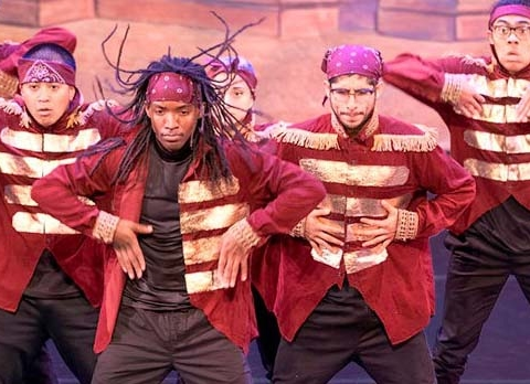 Tickets are available — but are quickly running out — for this weekend's two performances of the Hip Hop Nutracker at the Fox Theatre, Redwood City.