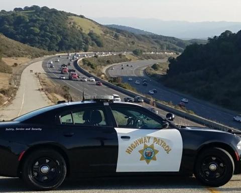 Deadly multi-car crash on Highway 101 in Redwood City