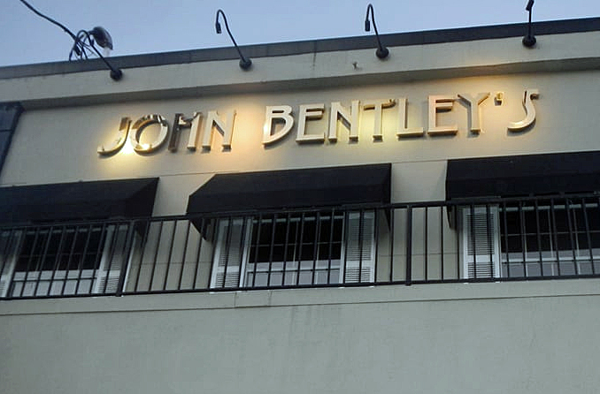 John Bentley S In Redwood City Closing After Today Climate