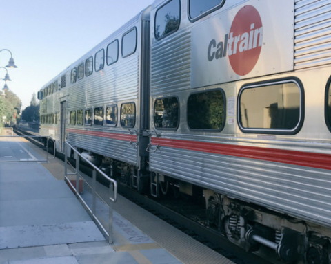 Stanford to assist Caltrain in planning for the transit system's electric future