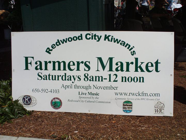 2018 opening of the Redwood City Kiwanis Farmers Market rain-delayed till this weekend