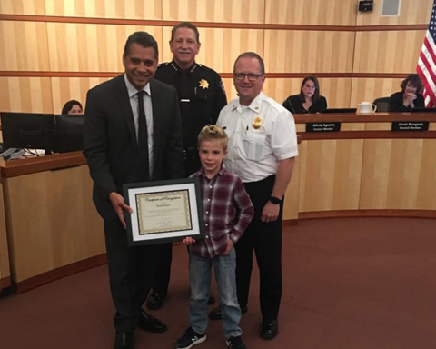 Redwood City boy praised for response to fire in his neighborhood