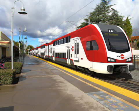 Caltrain updates Redwood City residents on electrification work