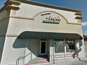 Max's Cafe of Redwood set to close Dec. 15
