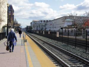 Caltrain suspends planned increase for Clipper fares