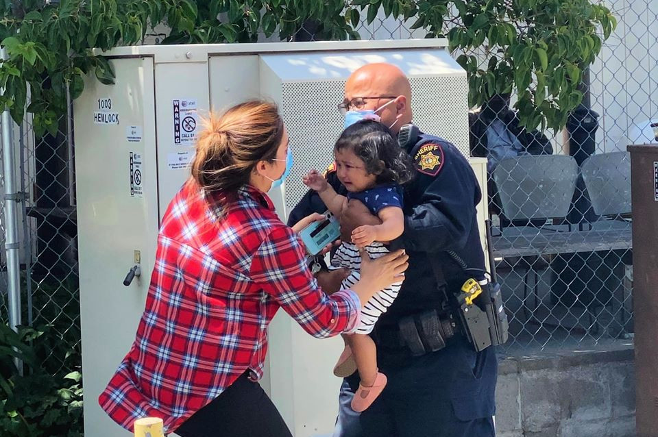San Mateo County sheriff's deputy rescues kids and elderly from fire