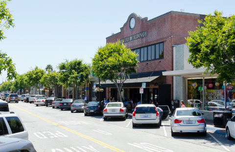 San Carlos subcommittee to explore closing Laurel Street for outdoor café
