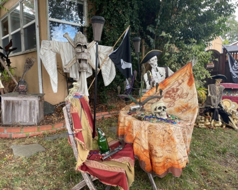 San Carlos announces winners of Halloween decorations contest